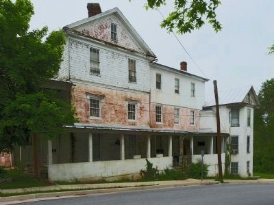 Apartment Building at 189 Fort Street,<br>Formerly The Chalybeate Springs Hotel image. Click for full size.