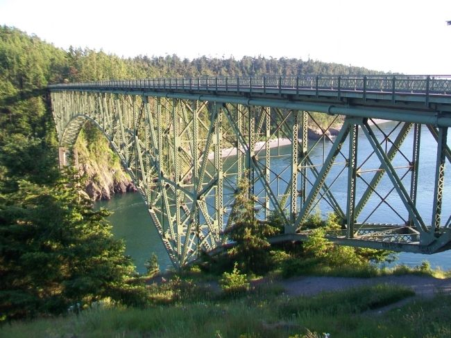 Deception Pass Bridge image. Click for full size.
