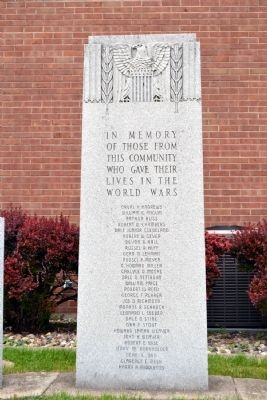 Nappanee World Wars Memorial image. Click for full size.
