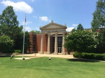 Nichols Center at Auburn University image. Click for full size.