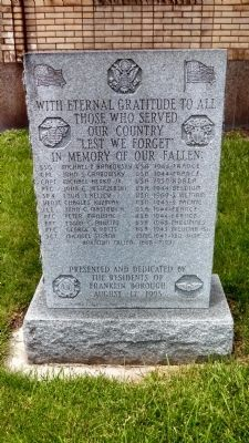 Local War Memorial image. Click for full size.