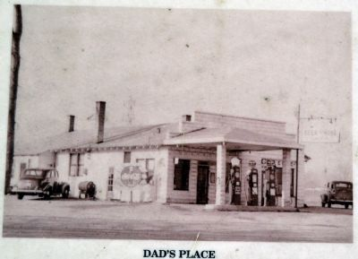 Dad's Place 1930s image. Click for full size.
