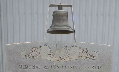 Memorial to USS <i>Herring</i> (SS-233) <i>Panel 1</i> image. Click for full size.