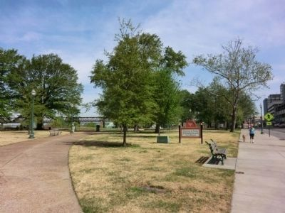 Confederate Park-Division of Parks and Neighborhoods City of Memphis image. Click for full size.