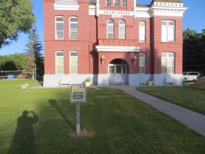 Piute County Courthouse Marker image. Click for full size.