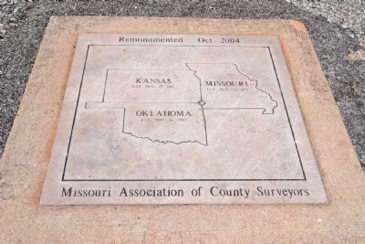 KS-MO-OK Tripoint Monument image. Click for full size.