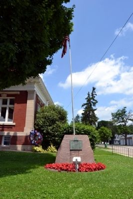 Mendon World War II Memorial image. Click for full size.