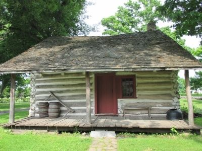 Front Goodrich-Landow Log Cabin image. Click for full size.