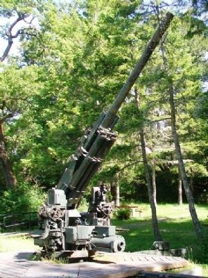 90 mm Anti-Aircraft Gun image. Click for full size.
