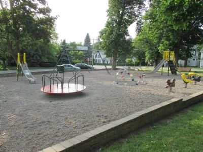 Russell Park Playground image. Click for full size.