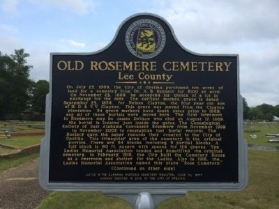 Old Rosemere Cemetery Marker image. Click for full size.