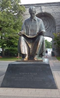 Nikola Tesla Memorial image. Click for full size.