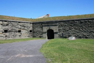 Fort Ontario Marker image. Click for full size.
