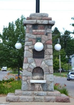 Dowagiac World War I Memorial image. Click for full size.