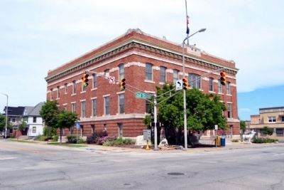 City of Elkhart Municipal Building image. Click for full size.