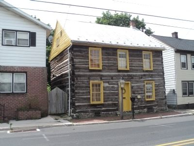 Log House and Marker at 138 W Middle Street image. Click for full size.
