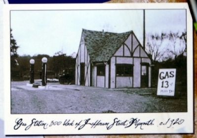Gas Station c. 1920 image. Click for full size.