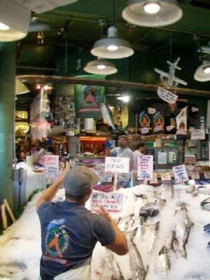 Flying Salmon at Pike Place Market image. Click for full size.