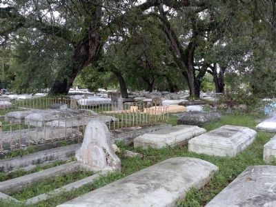 Coconut Grove Cemetery image. Click for full size.
