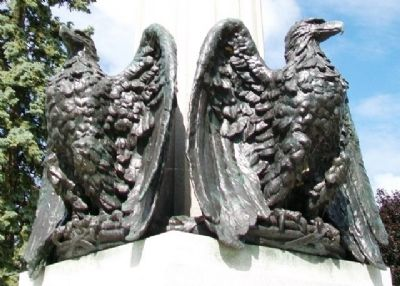 Civil War Soldiers' and Sailors' Memorial Eagles image. Click for full size.