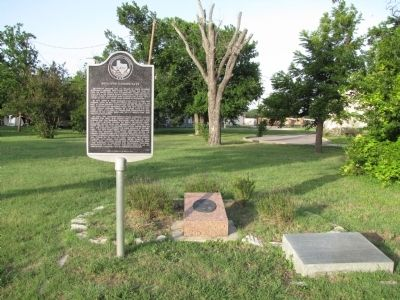 Holland Community Marker setting image. Click for full size.