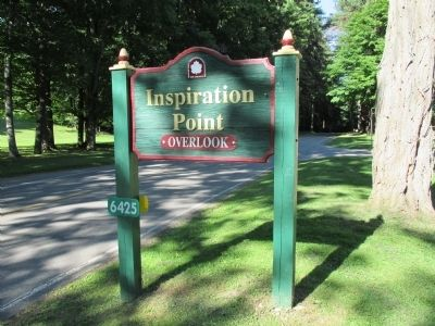 Sign for Inspiration Point along the main Park Road image. Click for full size.