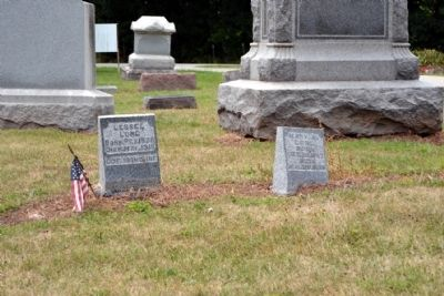 Burial Place of Lessel Long and Wife image. Click for full size.
