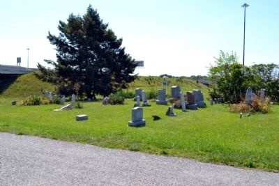 Cemetery of St. Paul's Evangelical Lutheran Church image. Click for full size.