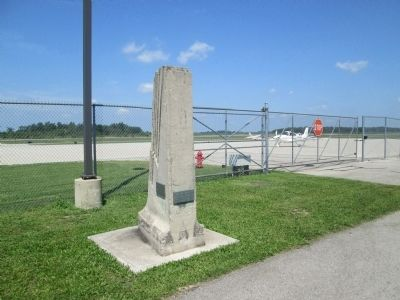 Bellefontaine Airport Pylon Marker image. Click for full size.