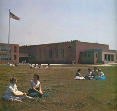 Brooklyn Park High School image. Click for full size.