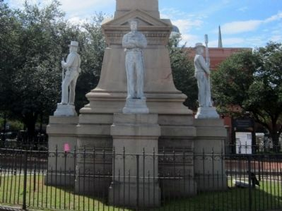 Portsmouth Confederate Monument image. Click for full size.