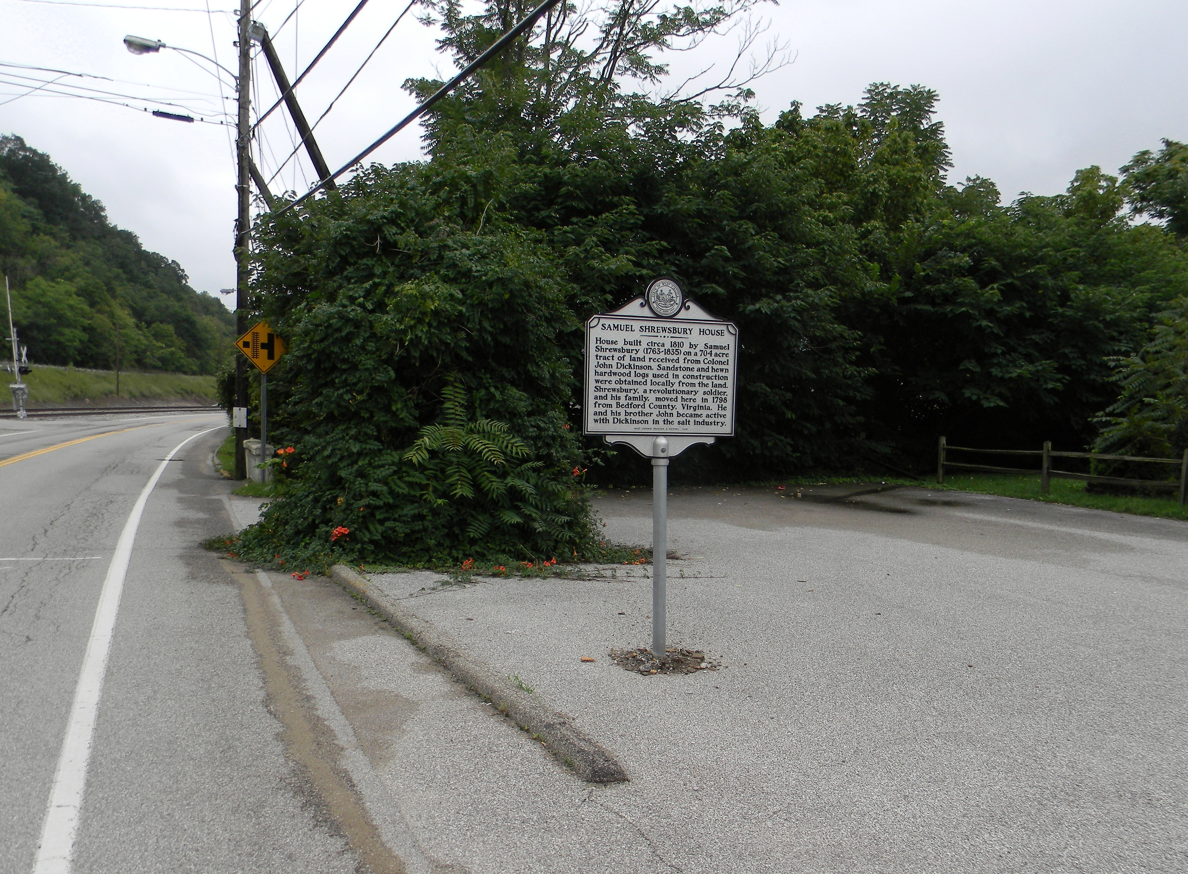 Wide view of the Samuel Shrewsbury House Marker