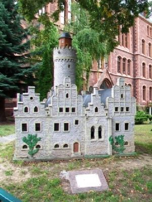 Model of the Former City Palace of the Counts of Mansfeld and Marker image. Click for full size.