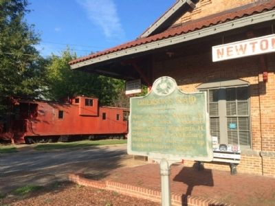 Depot, Caboose & Marker image. Click for full size.