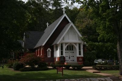 St. Luke's Episcopal Church, Hot Springs, Virginia image. Click for full size.