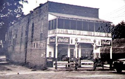 Bryant's Grocery image. Click for full size.