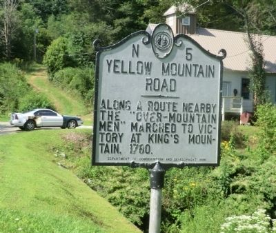 Yellow Mountain Road Marker image. Click for full size.