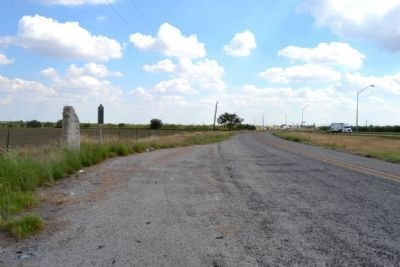 View to the east from I-20 Frontage Road (North) image. Click for full size.