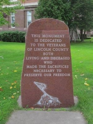 Veterans Monument image. Click for full size.