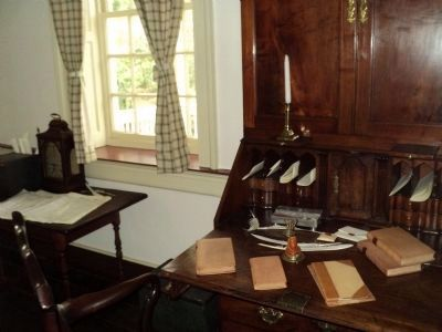 President Washington's Office image. Click for full size.