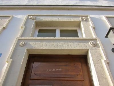 Decorative Element Above the Door image. Click for full size.