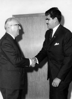 Dr. Fuentes Mohr (right) and Walter Hallstein of the European Economic Commision. image. Click for full size.