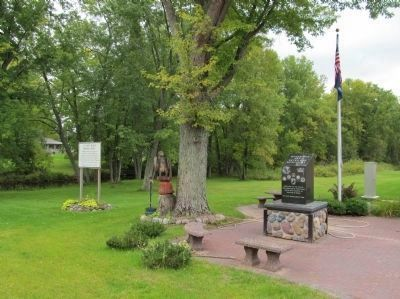Avery Wilber Marker and Navarino Area Veterans Memorial image. Click for full size.