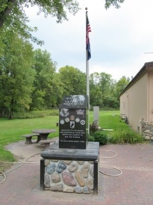 Navarino Area Veterans Memorial image. Click for full size.