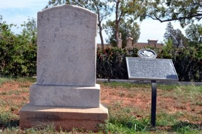 Headstone and Grave of C.W. Merchant image. Click for full size.