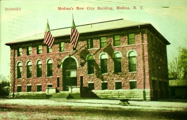 <i>Medina&#39;s New City Building</i> image. Click for full size.