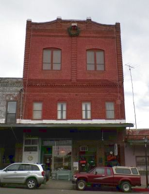 Union Hotel & Odd Fellows Hall Lodge #36 Building image. Click for full size.