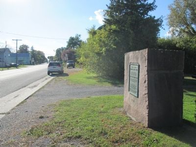 Niagara to Genesee Historic Ridge Road Marker - Westward image. Click for full size.