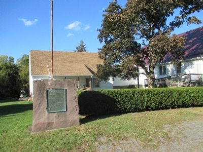 Niagara to Genesee Historic Ridge Road Marker - Direct View image. Click for full size.
