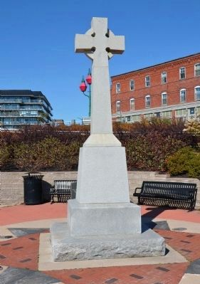 Irish Immigrant Memorial image. Click for full size.